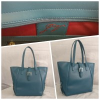 Simply Stylish Tote Bag